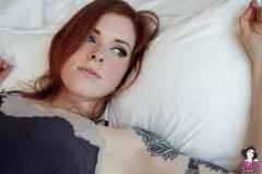 annalee_blushing_004