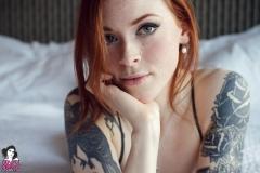 annalee_blushing_022