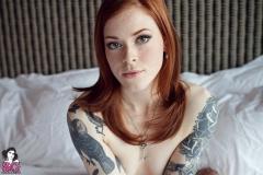 annalee_blushing_036