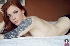 annalee_blushing_039
