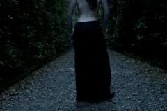 tattoo_girls_annalee_courtyard_017
