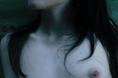 tattoo_girls_annalee_courtyard_039