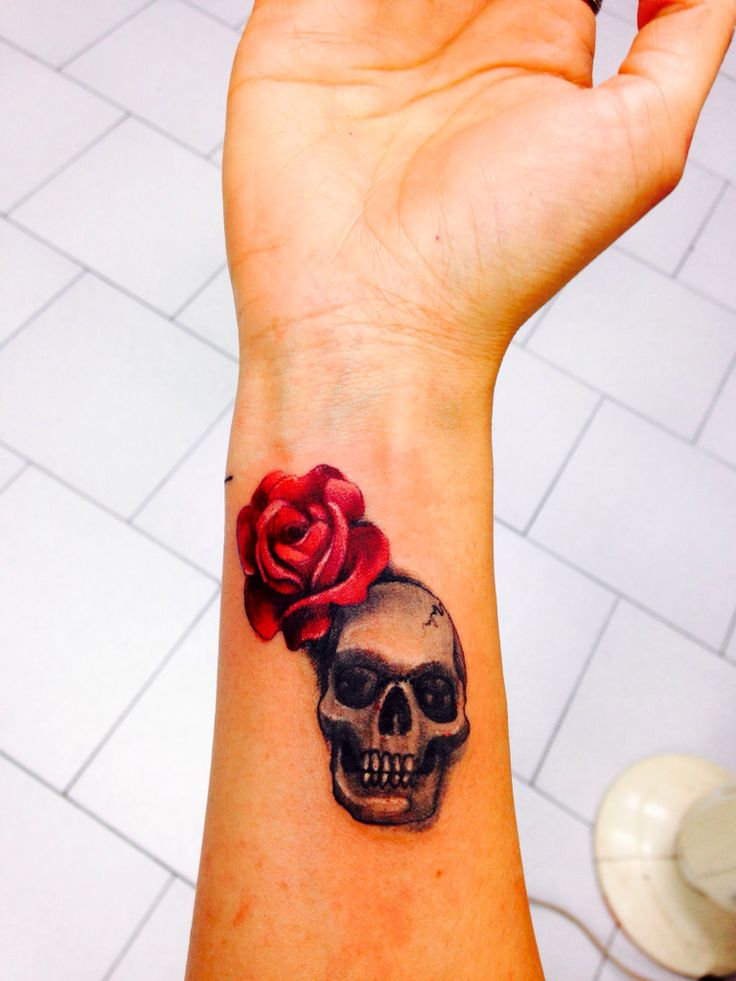 2cb7f0505 skull-rose-tattoo-for-ladies