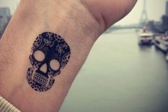 Skull tattoos designs ideas men women girls guys best (34)