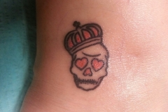 the-small-skull-crown-tattoo-meaning-and-designs