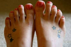 foot-small-star-tattoo